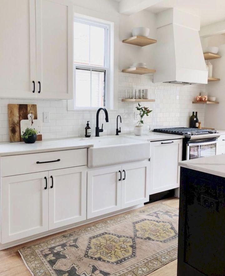 14-Best-Rug-for-Farmhouse-Kitchen-Ideas.jpg